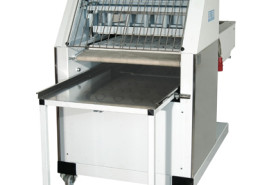 Automatic molder machine for bread